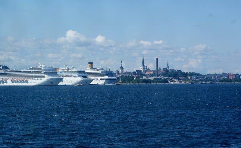 Вид Таллина с моря