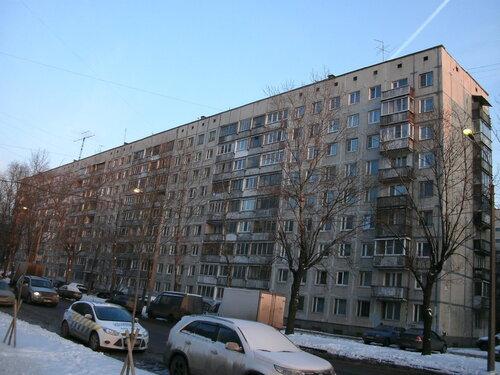 ул. Ленсовета 73к2