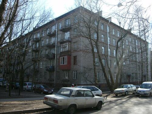 Гданьская ул. 11