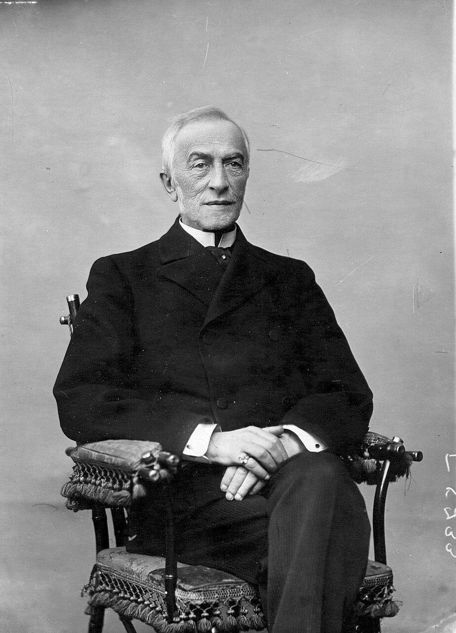 25. Сенатор, член Совета Императорского человеколюбивого общества Василий Иванович Маркевич. 1913