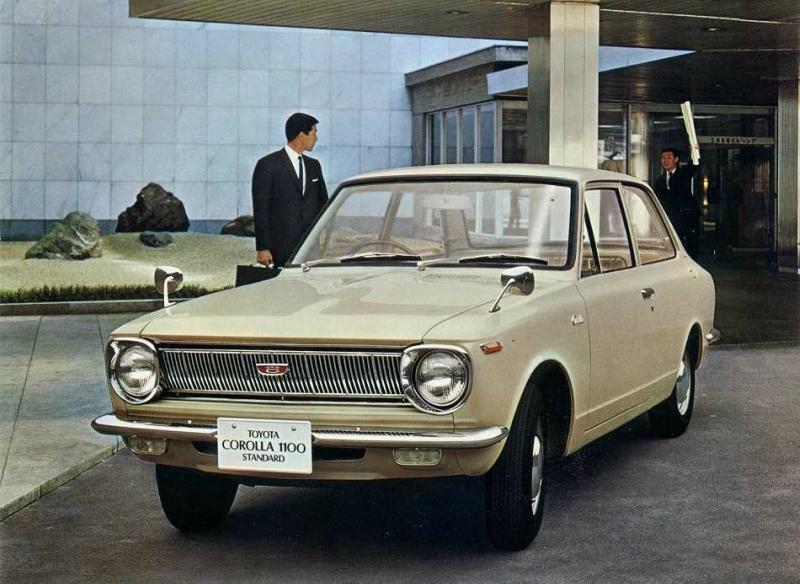 1966 В этом году полувековой юбилей празднует Toyota Corolla.jpg