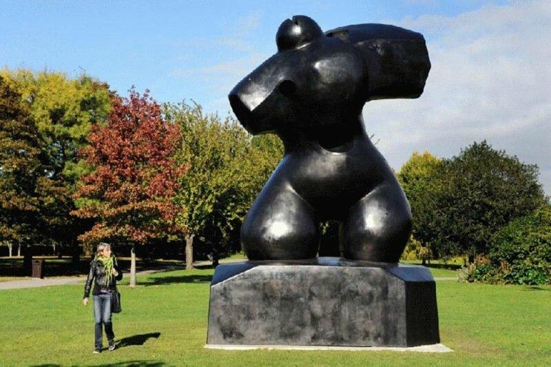 Важные советы, как не скучать на выставке скульптур