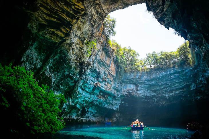 Пещера Cavernas De Marmol, Чили.