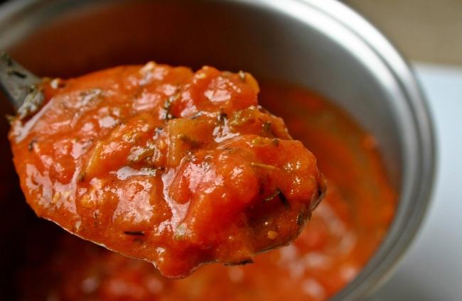 Вам понадобится: 500г сладкого болгарского перца 1зубчик чеснока 1,5ст.л. сладкого соевого соуса