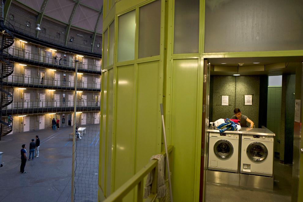 8. Бывшая тюрьма Westlingen в Хеерхуговаарде на северо-западе Нидерландов. (Фото Muhammed Muhei