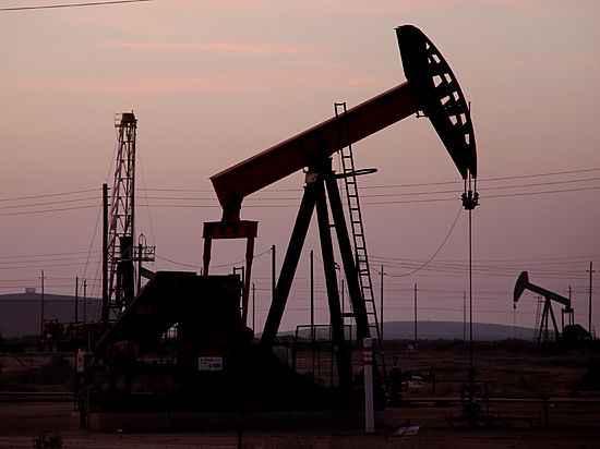 ВСША закрываются буровые— Нефть дорожает