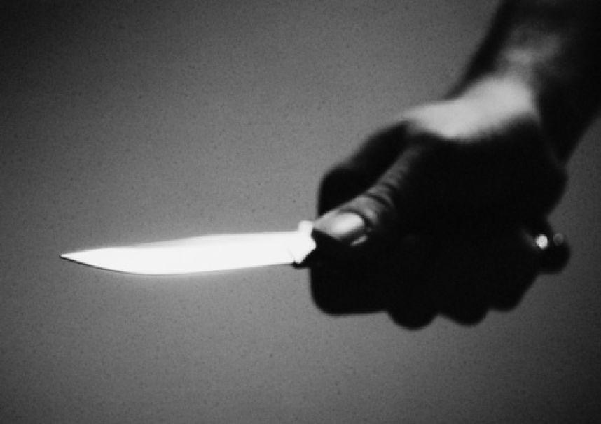 ВПетербурге схвачен тяжело ранивший ножом мать мужчина