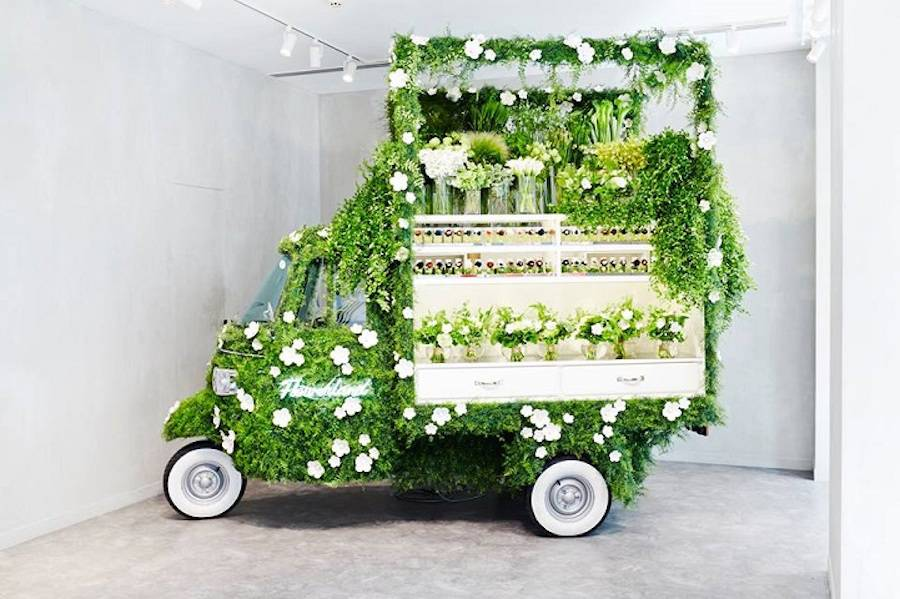 Vintage Vehicle Turned into a Fantastic Pop-Up Flower Shop