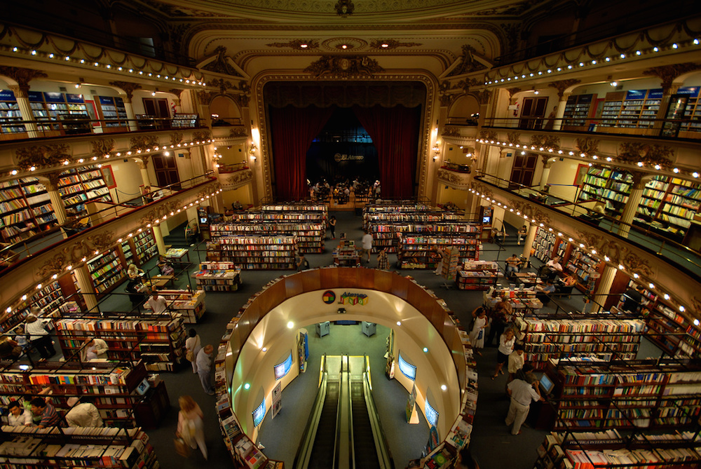 A Century-Old Buenos Aires Theater Converted Into a 21,000-Square-Foot Bookstore (8 pics)