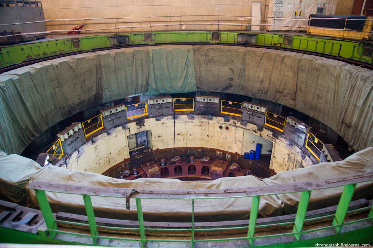 Монтаж рабочего колеса гидроагрегата №7 на Жигулёвской ГЭС 0_11234e_bca6461a_orig