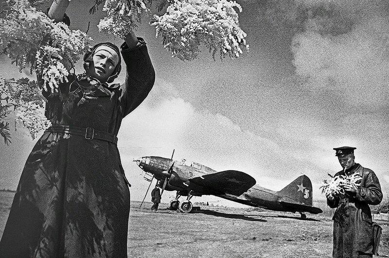 Фотография Е. Халдея(1917 - 1997)Фотохудожник Победы (13).jpg