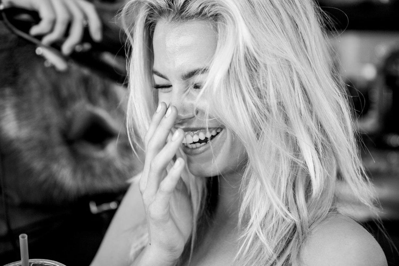 behind the scenes - Hailey Clauson / Хейли Клоусон на съемочной площадке в купальниках Sports Illustrated 2016 - Summer of Swim Special