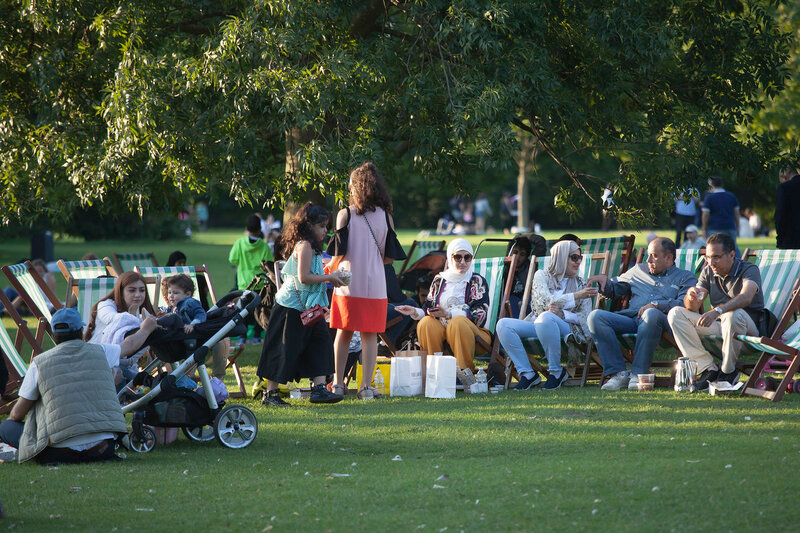 The family took a picnic in Hyde Park
