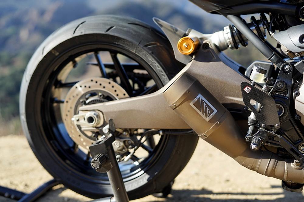 The Bullitt: кафе рейсер Ducati Monster 821R