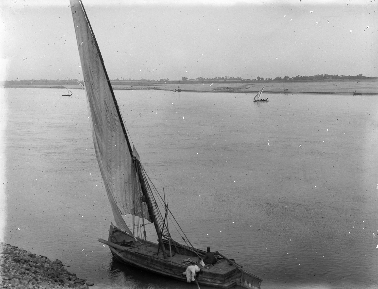 09. Нил недалеко от Луксора