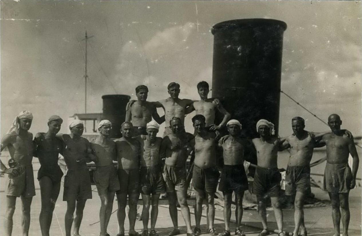 1929. Плавучий дом отдыха пароход «Жемчужина»