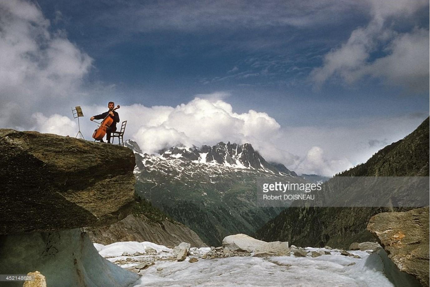 1957. Французский виолончелист Морис Баке в Шамони