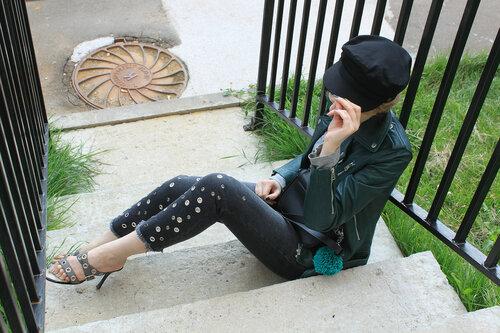 Куртка - Mango, джинсы - Zara, сумка - Benetton