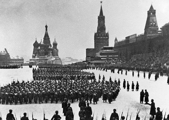 1941 г. Парад. Москва