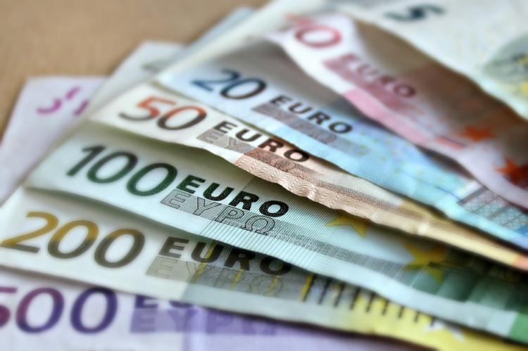 ВоФранции безработный одержал победу влотерею неменее млн. евро