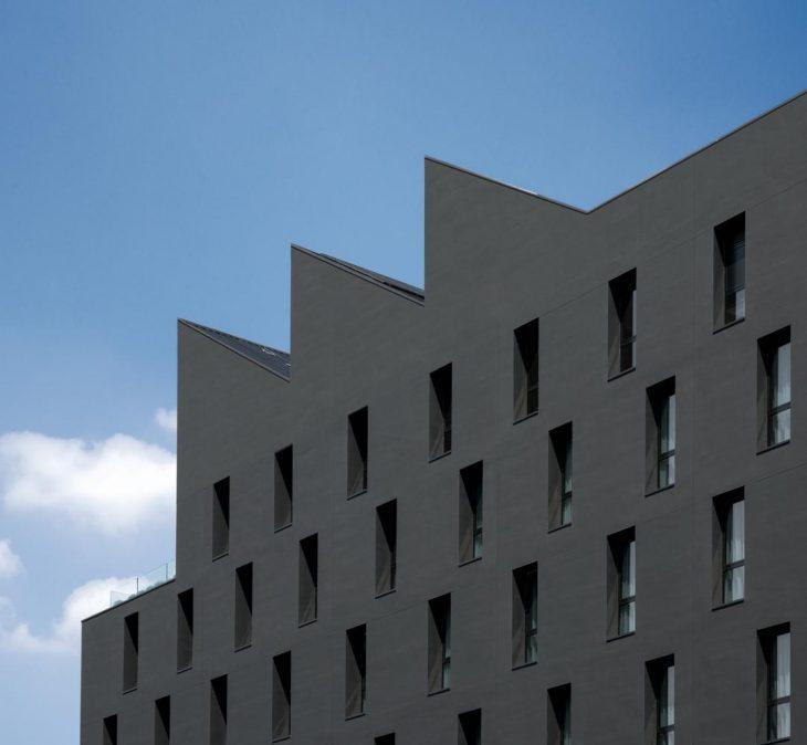 M89 Hotel by Piuarch