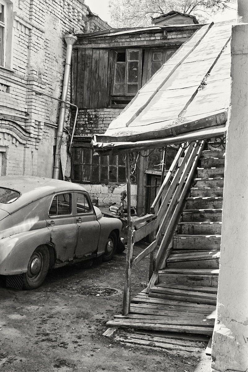 661577 1-й Кадашевский переулок, 10 стр. 3. Юрий Климов. 2000 г.