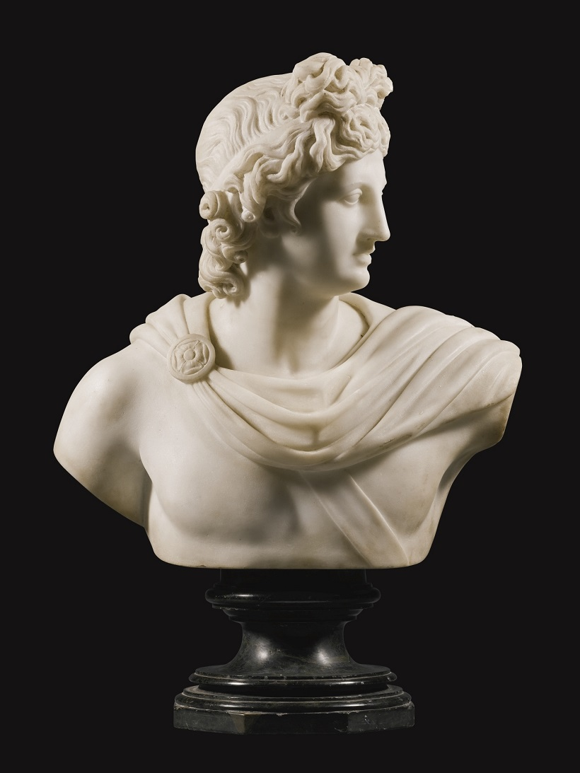 PAIR OF BUSTS OF THE APOLLO BELVEDERE AND THE DIANA OF VERSAILLES.Jpeg