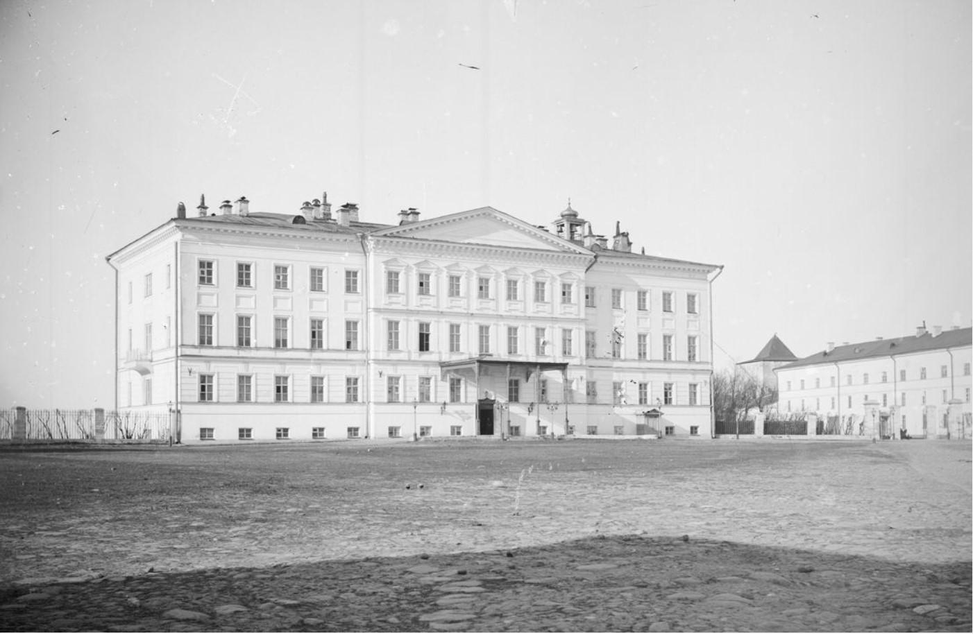 Внешний вид губернаторского дворца