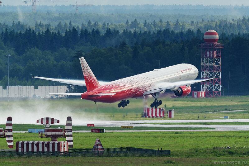 Boeing 777-312 (EI-UNM) Россия 273_D801870