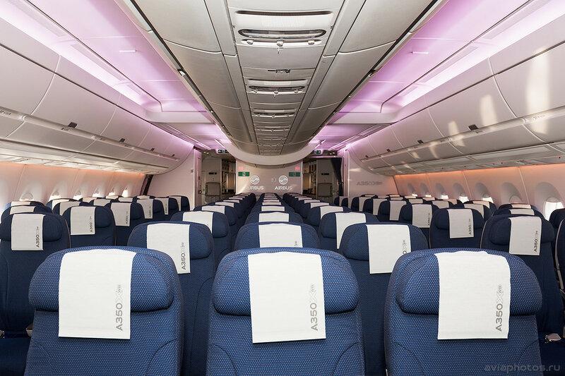 Airbus A350-941 (F-WWCF) Airbus Industrie 015_D702846