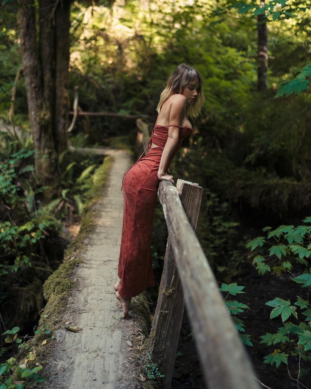 Красивые снимки из Instagram Сары Андервуд