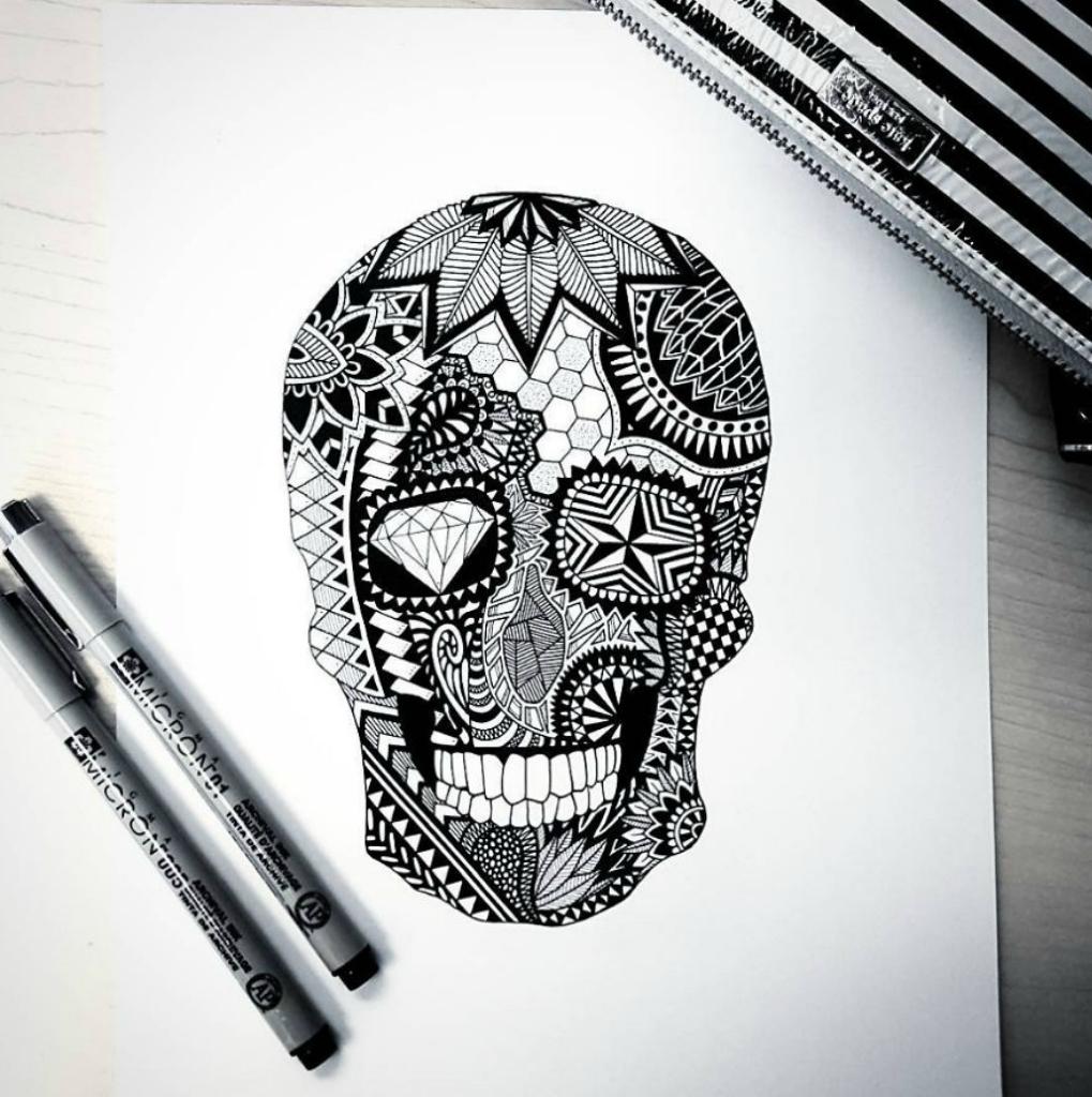 skull-59caae2713913-png__880.jpg