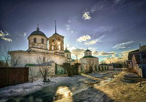 Церкви  Михайловская, Троицкая, Всесвятская