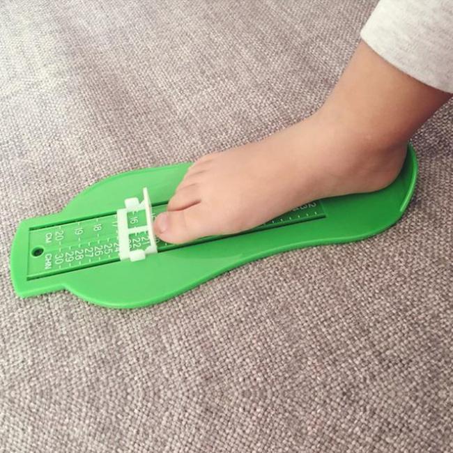 © aliexpress.com     Охужэти веселые замеры ноги ребенка обычной линейкой или обрисовка