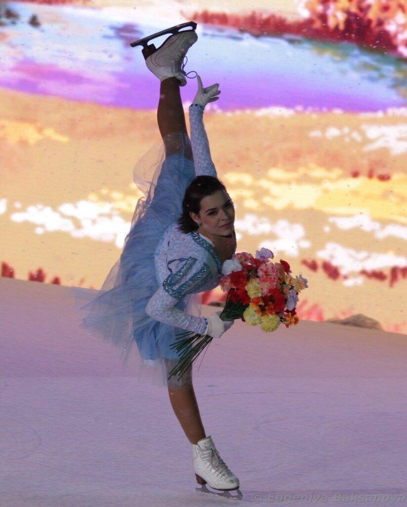Ледовые шоу-4 - Страница 48 0_1a198c_8007744b_XXL