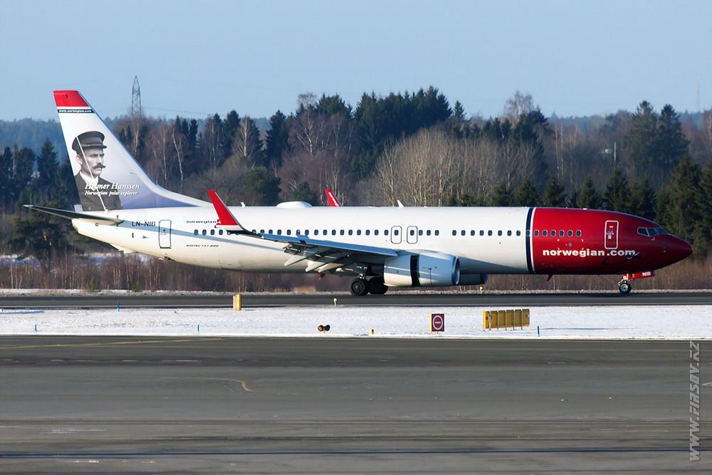 B-737_LN-NIB_Norwegian_Air_Shuttle_1_ARN.JPG