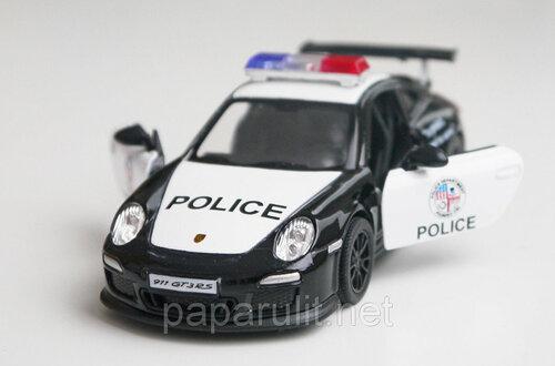 Кинсмарт порш полиция