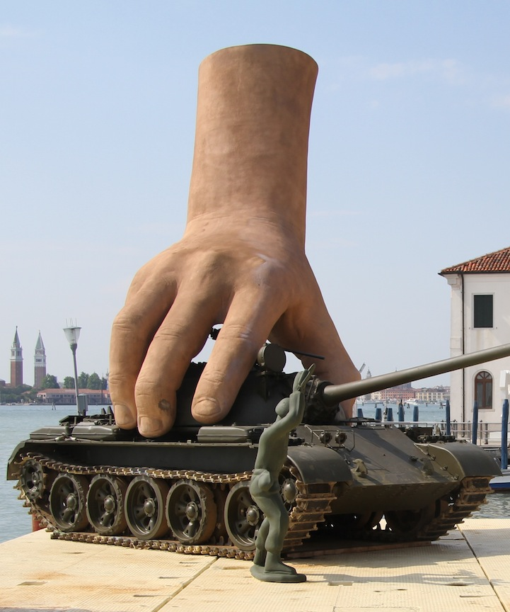 Sculptures with Giant Hands - Lorenzo Quinn