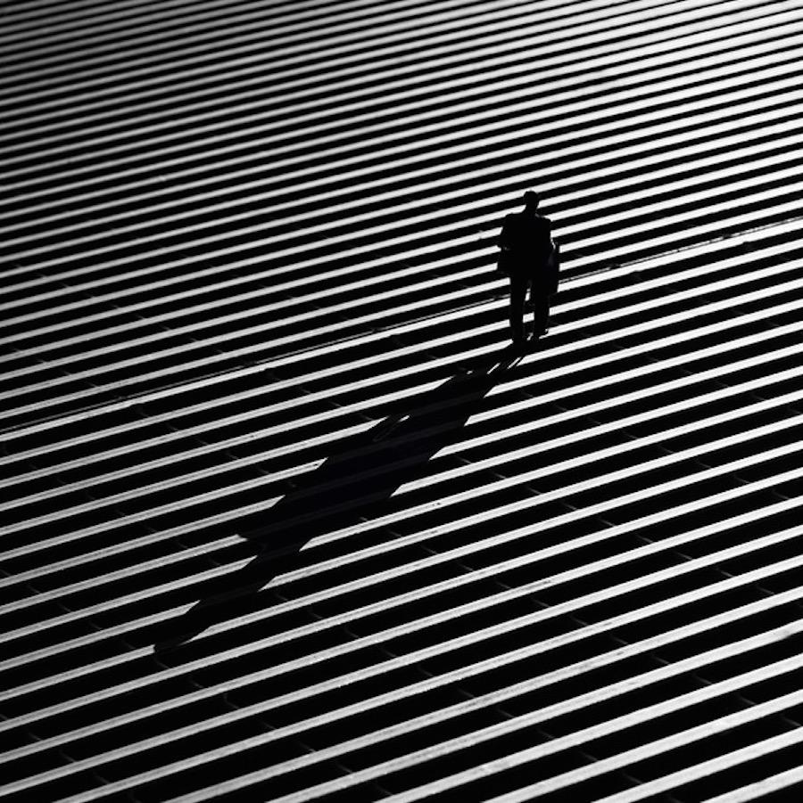 Руи Вейга. Свет, тень, геометрия, силуэт.
