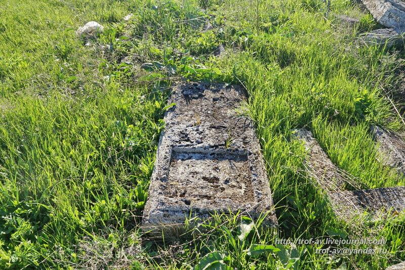Старое кладбище у Солдатской Слободки, Керчь