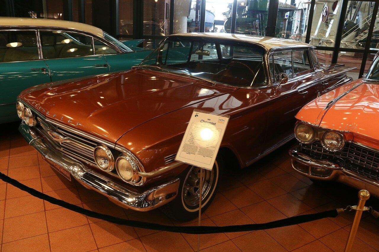Стамбул. Музей Рахими Коча. Chevrolet Impala Sport Sedan 1960