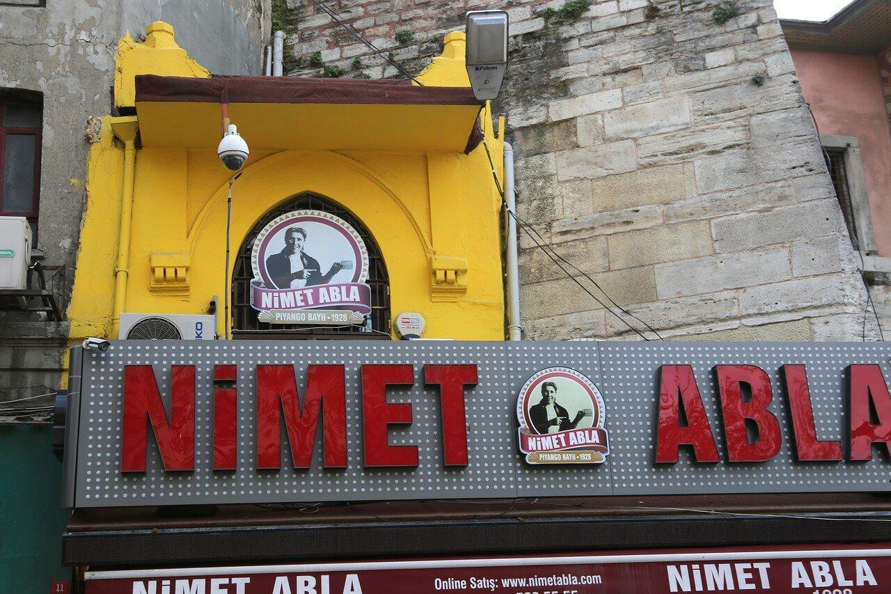 Istanbul. Street Araclar (Arpacılar Caddesi)