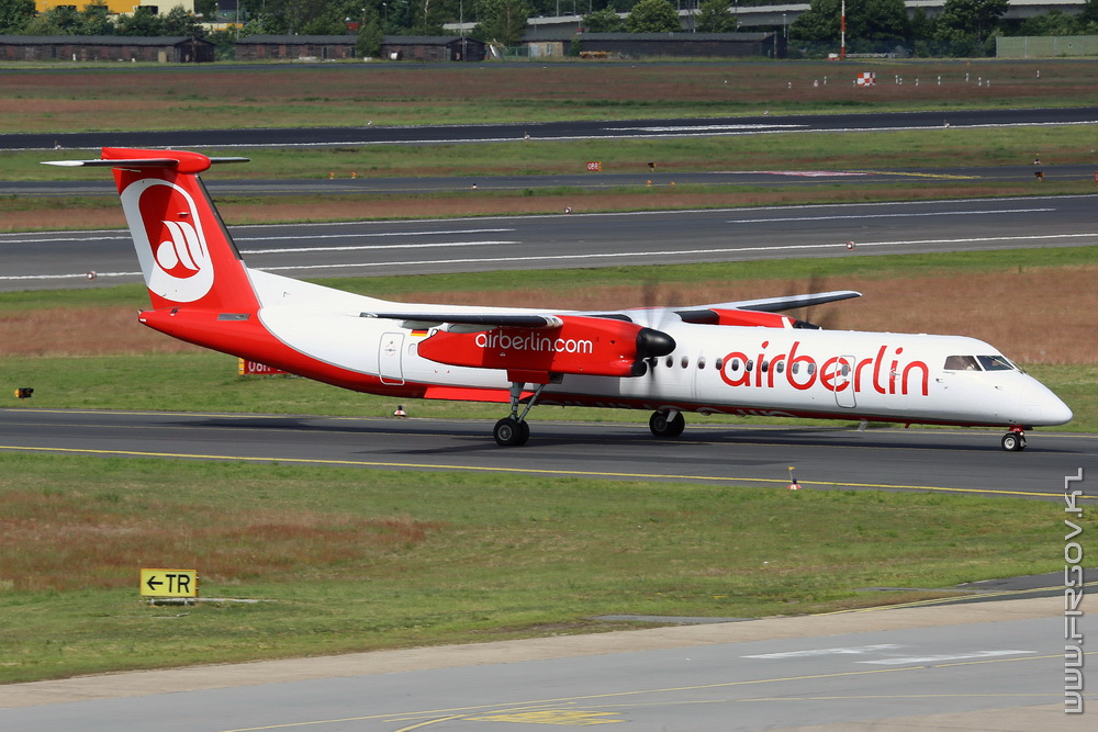 Dash-8_D-ABQK_Air_Berlin_1_TXL_resize.jpg
