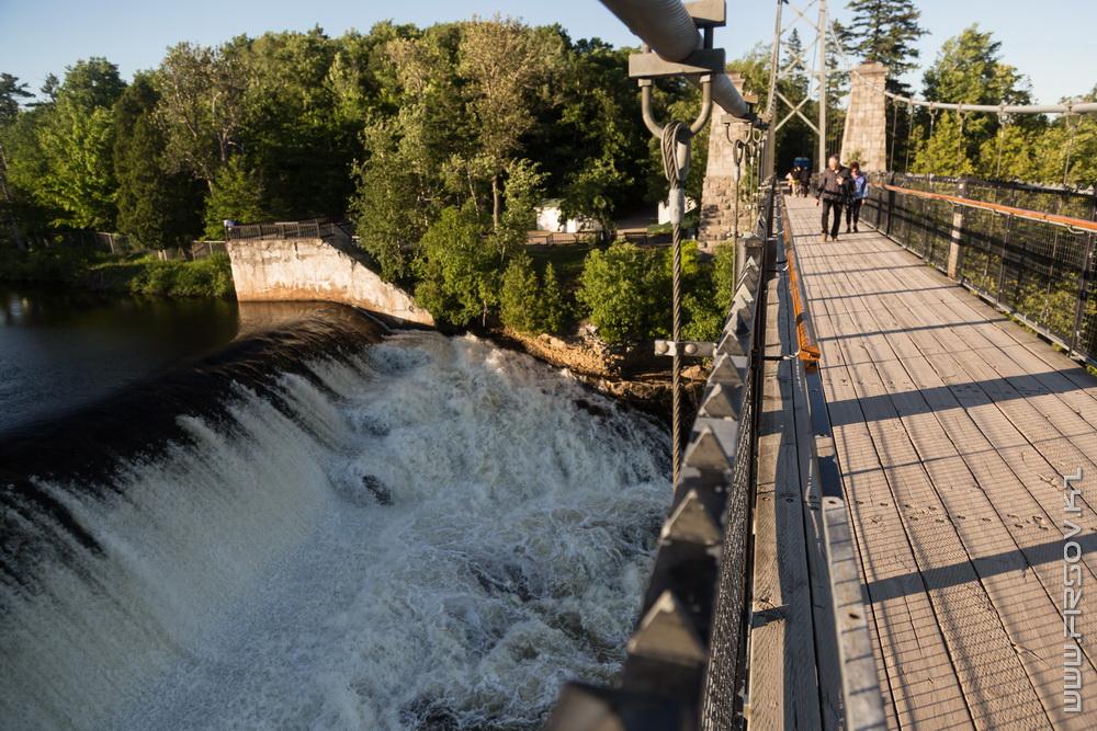 Montmorency Falls (34).jpg