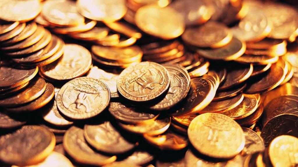 Москва рассматривает возможность перехода на собственную валюту....jpg