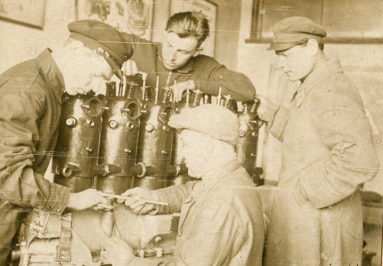1935. Практические занятия по мат. части