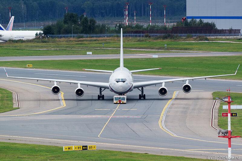 Ильюшин Ил-96-300 (RA-96023) Россия 0025_D804470