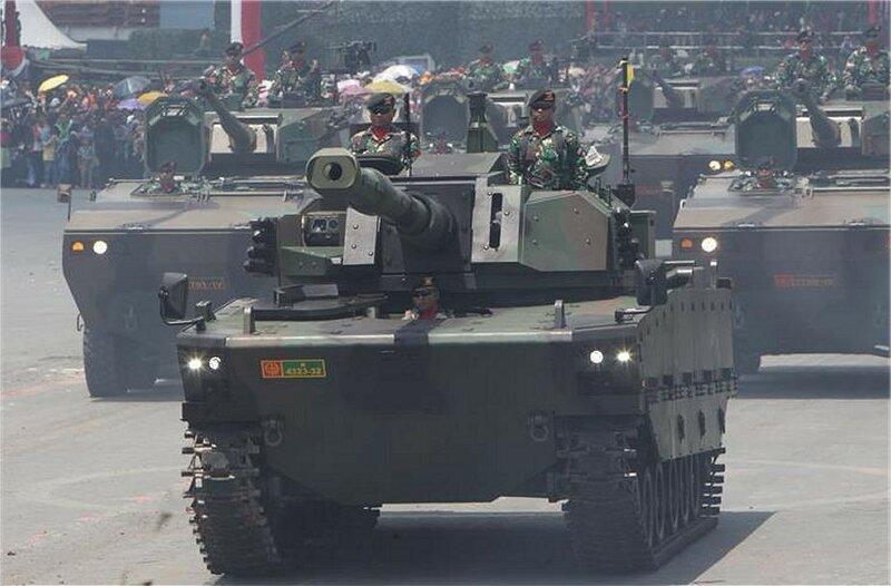 New_light_medium_tank_FNSS_at_Indonesian_military_parade_925_001.jpg