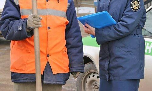 Хулиган, избивший водителя скорой помощи вКрыму, отделался исправительными работами
