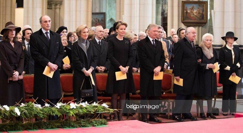 Вчера королевская семья Бельгии посетила ежегодную мессу в память всех умерших членов семьи